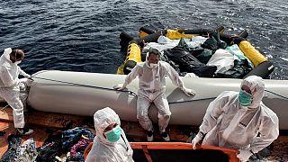 Libya açıklarında göçmen kurtarma operasyonu (arşiv)