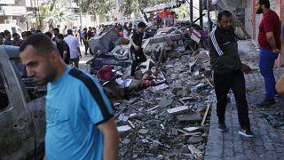 اثار دمار عقب قصف إسرائيلي على غزة