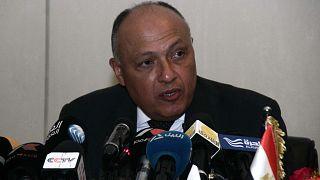 وزير الخارجية المصري سامح شكري يتحدث خلال مؤتمر صحفي مشترك عقب محادثات حول مشروع سد النهضة الإثيوبي الكبير، الخرطوم، السودان، 27 ديسمبر 2015