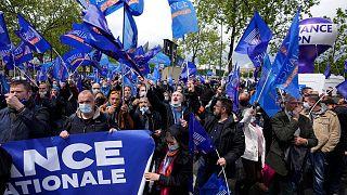 راهپیمایی مأموران پلیس در فرانسه