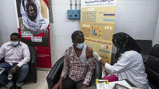 La Chine favorable à la levée des brevets sur les vaccins en Afrique