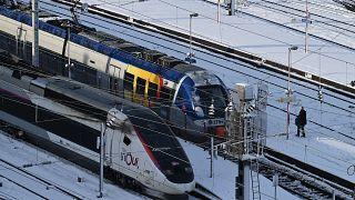 تشغيل قطار باريس-نيس الليلي لتقليل الطيران