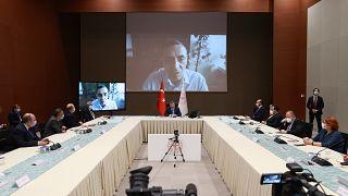 Prof Uğur Şahin vidoe konferansla Bilim Kurulu toplatısına katıldı