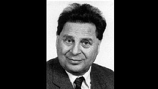 Dr. Vámos Tibor akadémikus