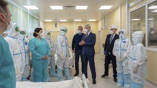 Сергей Собянин в инфекционной больнице