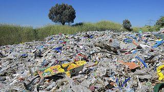 İstanbul'da yasadığı atılan çöpler