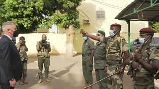 Italy sends defence minister to Niger and Mali amid migrant worries