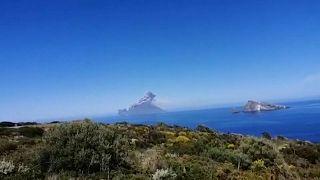 Egy szicíliai énekes temetésének napján tört ki az Etna és a Stromboli