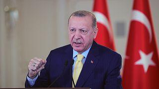 Cumhurbaşkanı Recep Tayyip Erdoğan, KKTC Sulamaları İletim Tüneli Işık Görünme Töreni'ne Vahdettin Köşkü'nden canlı bağlantıyla katıldı
