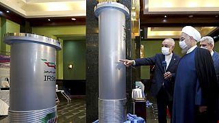 Az iráni elnök országa egyik atomlétesítményében