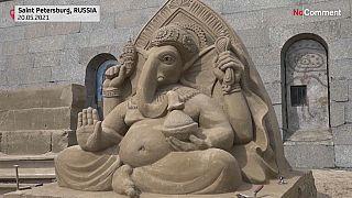 Les sculptures de sable à Saint-Petersbourg
