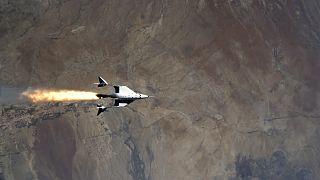 Vol de Virgin Galactic :  Richard Branson va bientôt offrir l'espace aux touristes