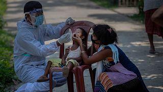 اختبار للكشف عن الإصابة بكوفيد-19 في الهند