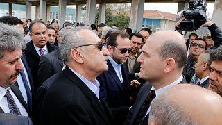 Mehmet Ağar ile Süleyman Soylu, Süleyman Yaşar Ağar'ın 10/03/2015 tarihinde yapılan cenaze töreninde bir araya gelmişti.