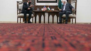 Il segretario di Stato Antony Blinken incontra il presidente palestinese Mahmoud Abbas