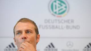 Flick während einer DFB-Pressekonferenz im September 2010