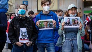 Участники акции в поддержку Романа Протасевича и Софьи Сапеги в Варшаве