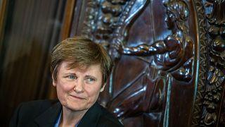 Karikó Katalin Széchenyi-díjas kutatóbiológus, biokémikus, miután átvette az Emberi Méltóságért kitüntetést Budapesten 2021. május 7-én.