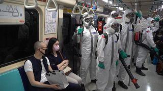 تمدید محدودیتهای اجتماعی در تایوان؛ ضدعفونی اماکن عمومی ادامه دارد