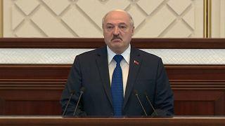 """Lukaschenko spricht von """"Lüge"""" - Mutter des Festgenommenen: """"Rettet meinen Sohn"""""""