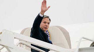 وحطت طائرة بلينكن عصر الأربعاء في عمان قادمة من القاهرة عقب لقاء مع الرئيس المصري عبد الفتاح السيسي