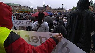 Manifestazione contro il centro di detenzione