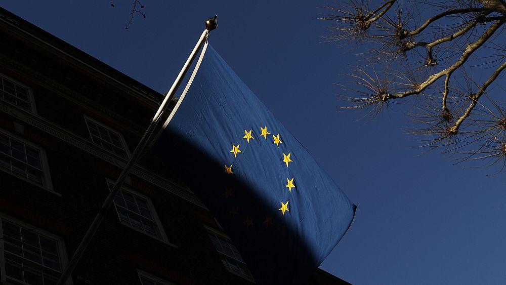 Grup privasi Eropa menantang firma pemindaian wajah Clearview