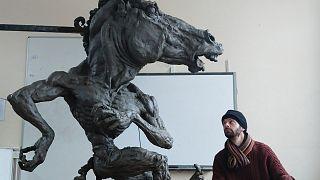 La polémica escultura.
