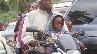 Οικογένειες εγκαταλείπουν την πόλη Γκόμα
