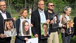 """Crise avec le Bélarus : une mobilisation contre """"les prédateurs de la presse"""""""