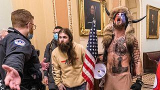 ABD'de 6 Ocak'ta eski Başkan Donald Trump taraftarı yüzlerce kişi Kongre'ye baskın düzenlemişti