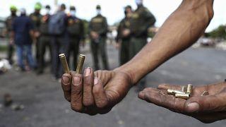 صور من احتجاجات الشارع في كولومبيا المناهض للحكومة.
