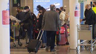 Újabb orosz diplomaták távoztak Csehországból