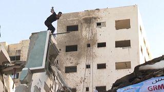 جوانان فلسطینی در ویرانههای غزه حرکات پارکور را به نمایش گذاشتند