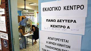 Un seggio in una scuola di Nicosia, Cipro