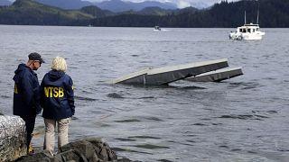"""سبعة قتلى من بينهم """"طرزان"""".. في حادث سقوط طائرة صغيرة في بحيرة تينيسي الأميركية"""