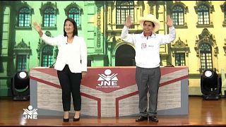 Pedro Castillo va en cabeza en las encuestas para la presidencia de Perú.
