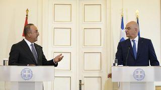 """Ankara et Athènes cherchent l'apaisement, malgré des positions """"diamétralement opposées"""""""