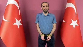 جهاز الاستخبارات التركية يعتقل أحد أقرباء غولن في الخارج ويعيده إلى البلاد