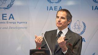 رافائيل غروسي، المدير العام للوكالة الدولية للطاقة الذرية يتحدث خلال مؤتمر صحفي في مقر الوكالة في فيينا - النمسا.