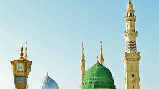 السعودية نيوز |      السعودية تدافع عن قرار قصر استعمال مكبّرات الصوت على رفع الأذان والإقامة