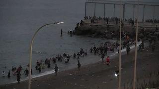 El paso a Ceuta de miles de jóvenes marroquíes tiene una larga gestación que comienza en Washington