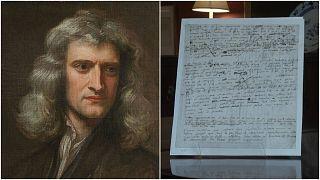 مخطوطة نادرة كتبت بيد عالم الرياضيات إسحق نيوتن في مزاد علني