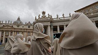 Cinsel taciz kanunun çıkarıldığı 1983 yılından beri hukukçular ve rahipler düzenlemenin yetersizliğinden ve yargı sürecinin çok uzun olmasından şikayet ediyor
