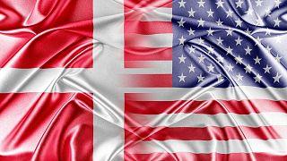 پرچمهای دانمارک و آمریکا