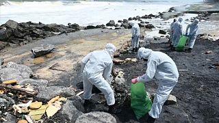 Очистка побережья Шри-Ланки