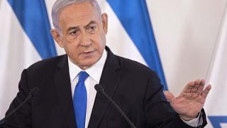 رئيس الوزراء الإسرائيلي بنيامين نتنياهو في قاعدة الحكيرية العسكرية في تل أبيب، إسرائيل، يوم الأربعاء 19 مايو 2021