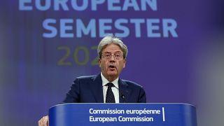 A bizottság szerint nem szabad korán beszüntetni a gazdaság támogatását