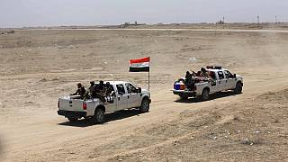 Le Forze di Sicurezza Irachene e le Forze di Mobilitazione Popolare avanzano durante la battaglia contro lo Stato Islamico a Saqlawiyah, vicino a Falluja, in Iraq (02/06/16)