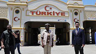 ABD'nin BM Büyükelçisi Thomas-Greenfield, Hatay'ın Reyhanlı ilçesindeki Cilvegözü sınır kapısını ziyaret etti